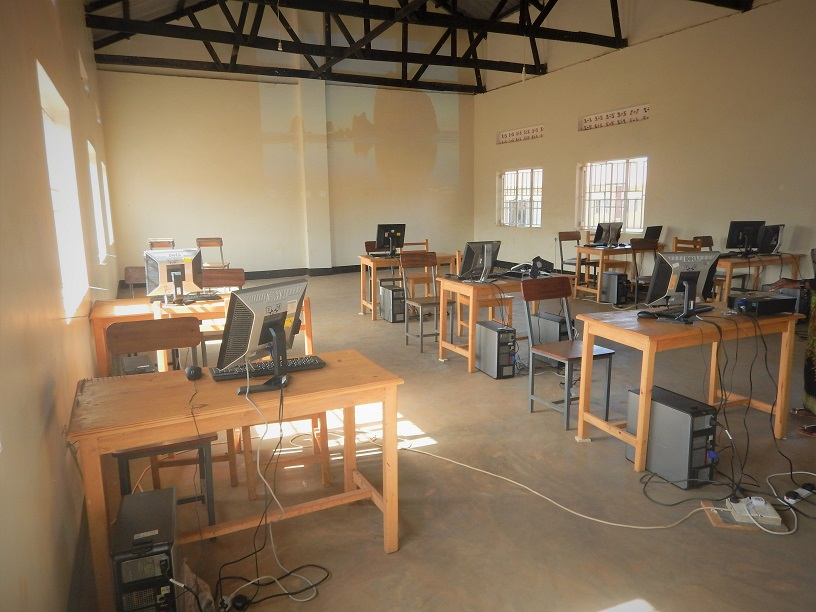 IT Lab furnished by TME Education