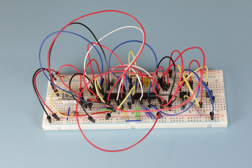 How to use a breadboard?