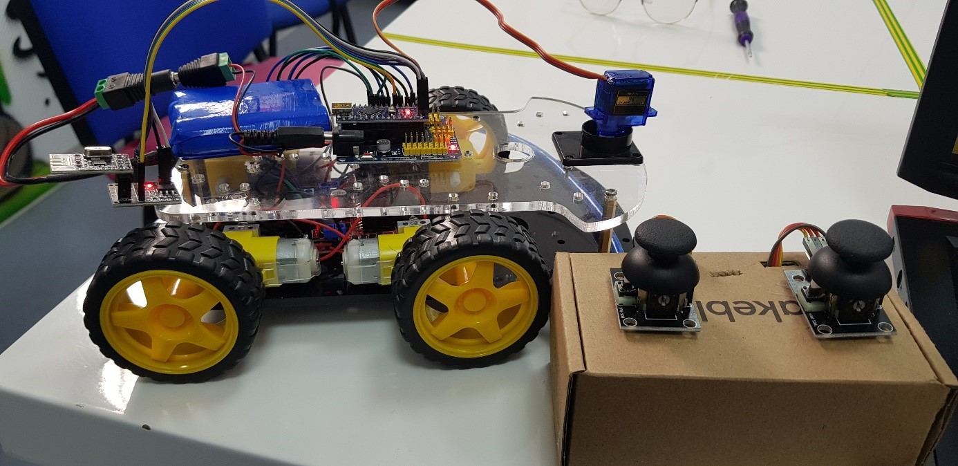 Practical Project: Remote Control Rover by Loic Dessap